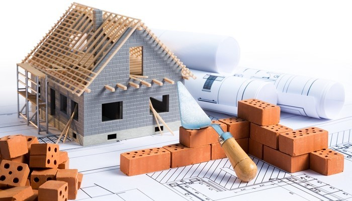 Việc thuê giám sát xây dựng giúp giảm thiểu rủi ro trong quá trình thi công